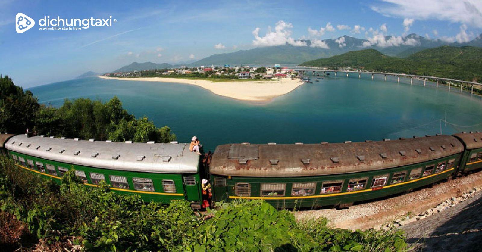 Vịnh Lăng Cô Huế