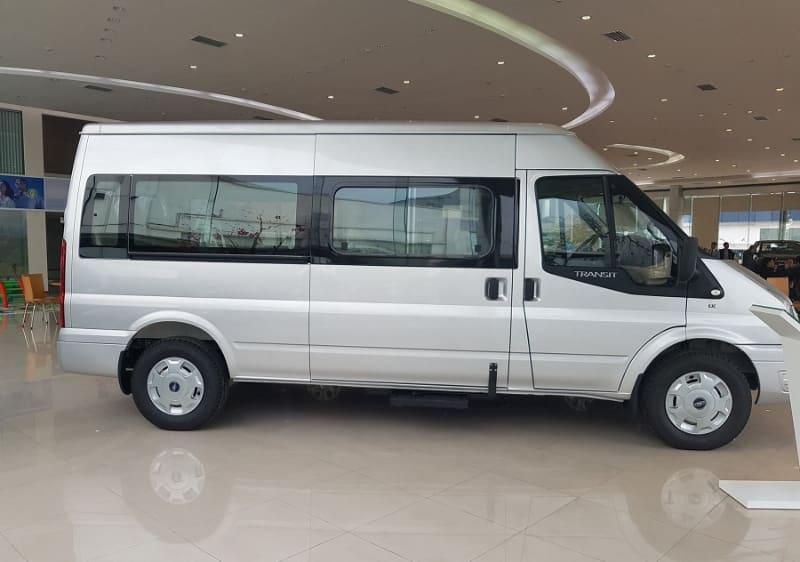Shuttle bus 16 seats